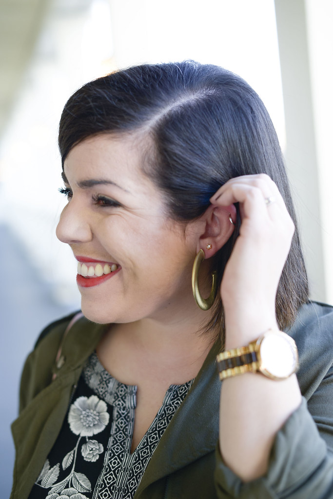 Statement Earrings for Summer-@headtotoechic-Head to Toe Chic